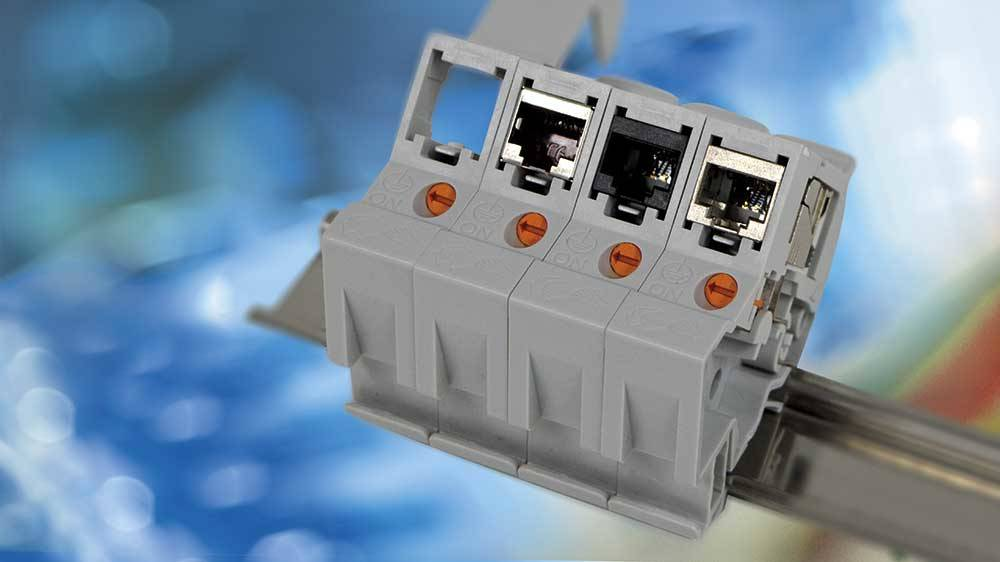 Slim and universal: the new DRM45 DIN rail adapter